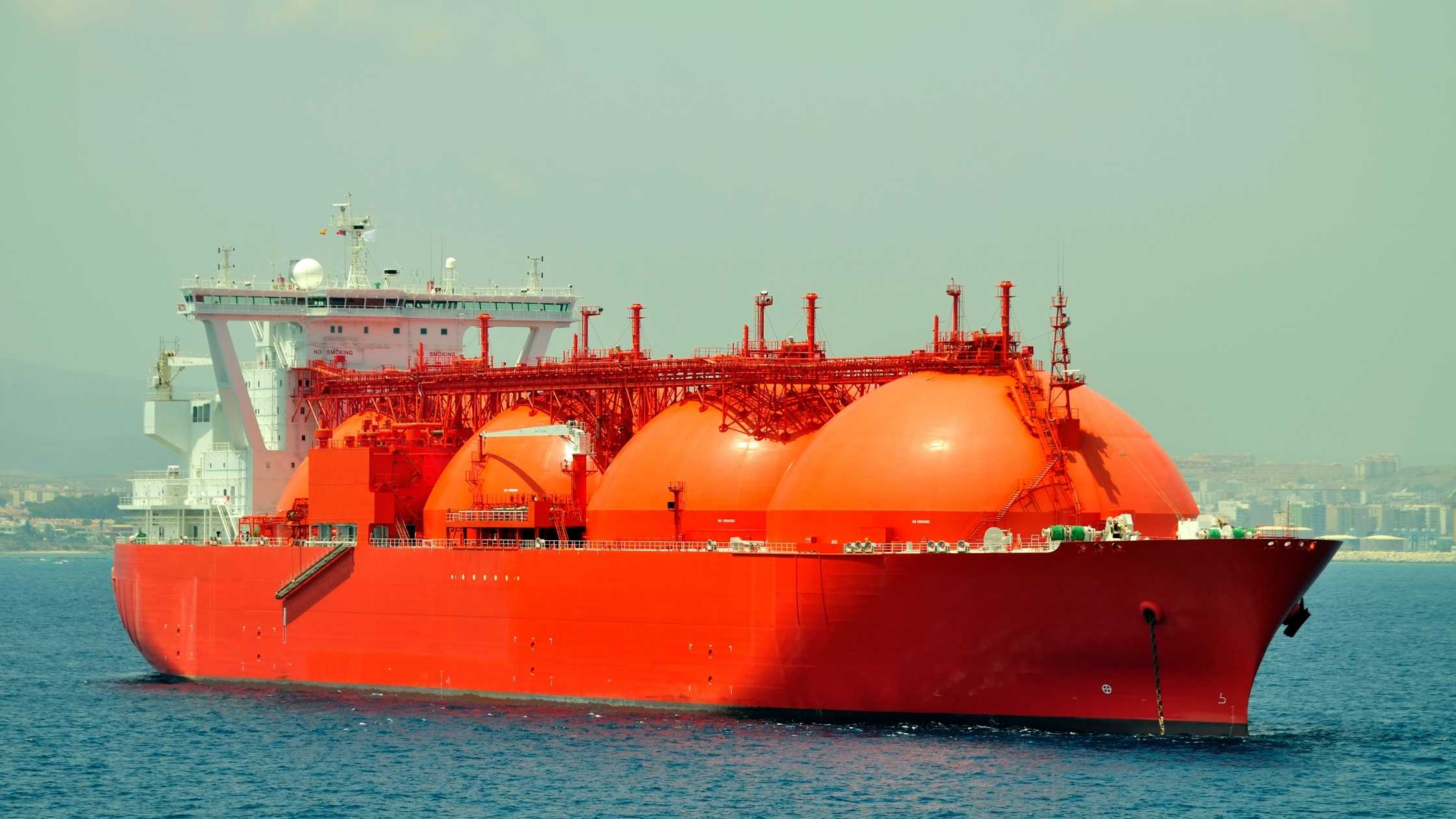 LNG Bunkering Market and Its Types